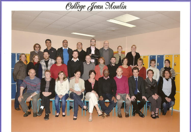 Photo de classe photo de college formerie de 2011 coll ge for Pronote college jean moulin salon