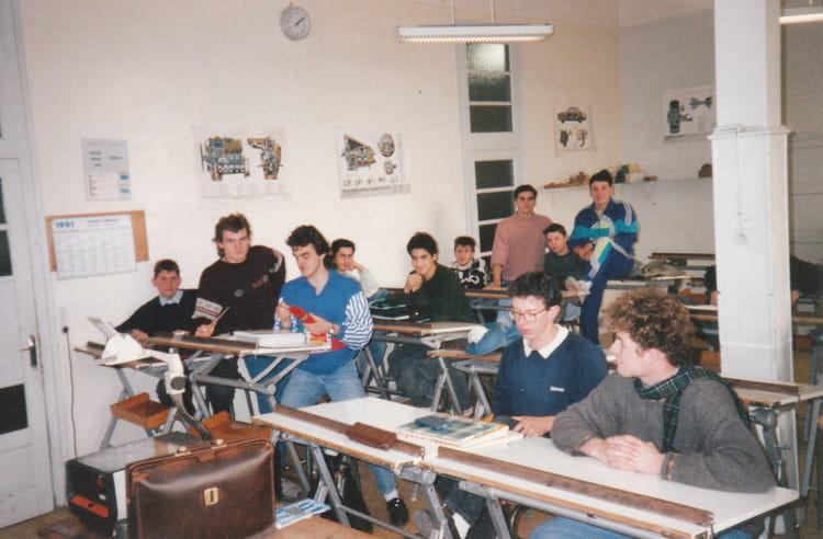 photo de classe bac pro m canique auto de 1991 lyc e professionnel henri fertet copains d 39 avant. Black Bedroom Furniture Sets. Home Design Ideas