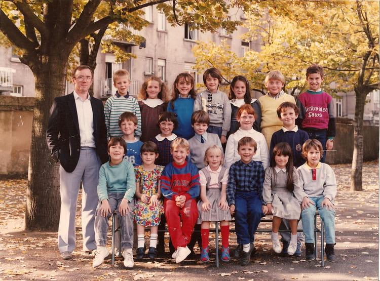 Photo de classe je ne sais plus de 1986 ecole poincare for Mr piscine thionville