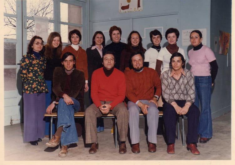 Photo de classe L'équipe d'enseignants croix rouge aulnay sous bois de 1976, ECOLE CROIX ROUGE  # Croix Rouge Fontenay Sous Bois