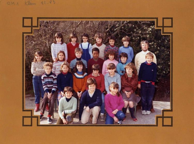 photo de classe photo de classe 1982 1983 de 1982 ecole primaire copains d 39 avant. Black Bedroom Furniture Sets. Home Design Ideas