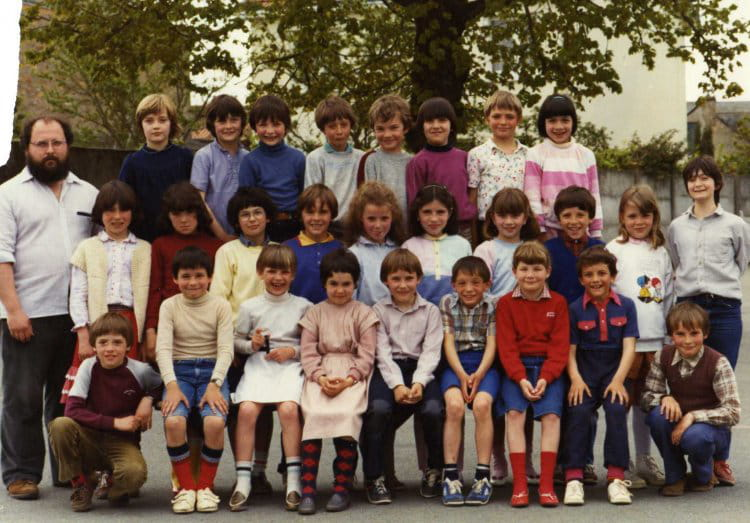 photo de classe de 1981 ecole les tilleuls saint leger sous cholet copains d 39 avant. Black Bedroom Furniture Sets. Home Design Ideas