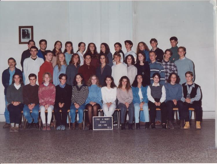 Photo de classe ts1 de 1995 lyc e alphonse daudet for Lycee alphonse daudet