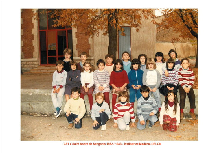 photo de classe ce2 1982 de 1982 ecole roger gaubil saint andre de sangonis copains d 39 avant. Black Bedroom Furniture Sets. Home Design Ideas