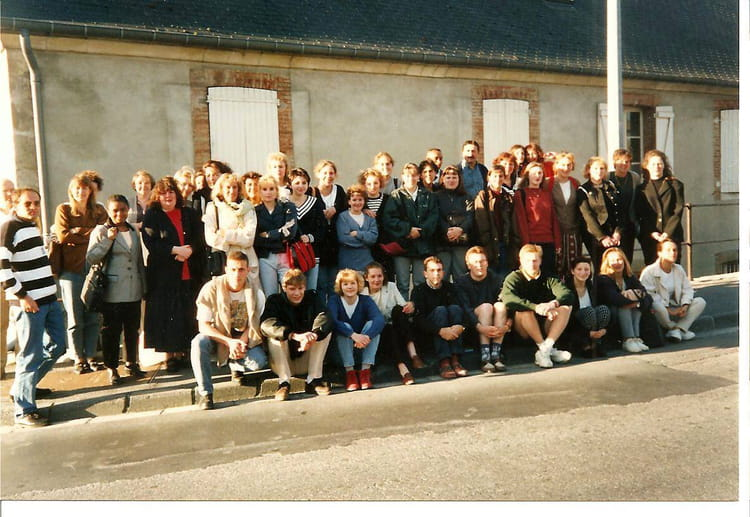 photo de classe 3 eme anne ifsi laon de 1997 institut de formation en soins infirmiers centre. Black Bedroom Furniture Sets. Home Design Ideas