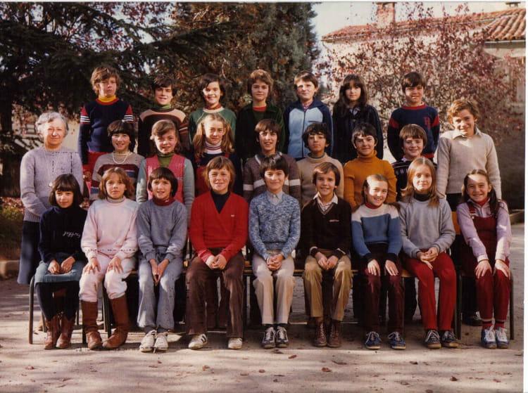 Photo de classe cm2 de 1980 ecole primaire de gar ons rue for Rue des garcons