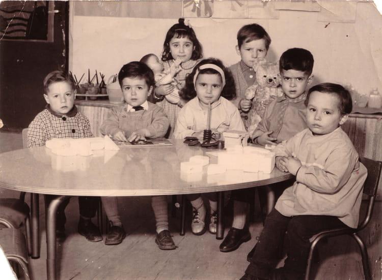 photo de classe maternelle villeneuve la garenne de 1963 ecole fond de la noue copains d 39 avant. Black Bedroom Furniture Sets. Home Design Ideas