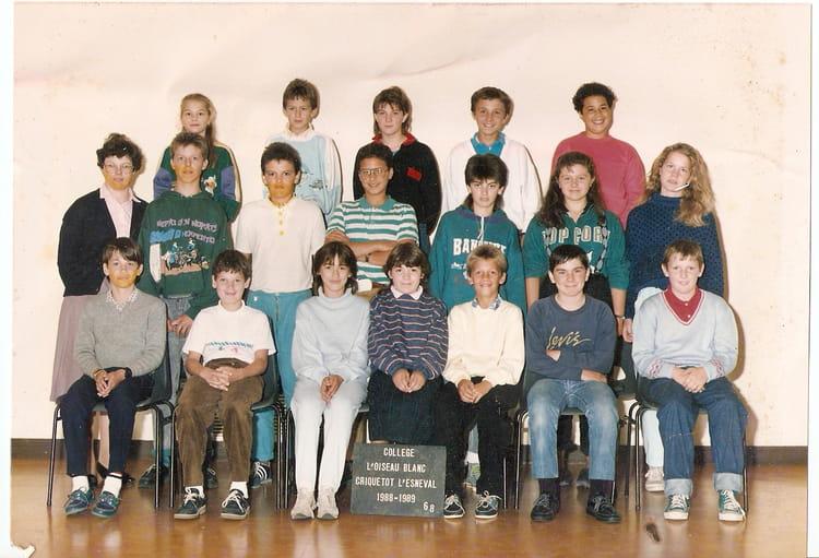 photo de classe 6e8 de 1988 coll ge l 39 oiseau blanc copains d 39 avant. Black Bedroom Furniture Sets. Home Design Ideas