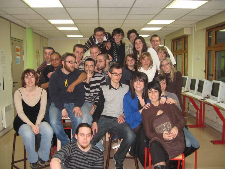 photo de classe cv1 de 2007  efficom