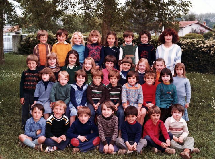 photo de classe maternelle 2 1977 1978 de 1978 ecole garderose libourne copains d 39 avant. Black Bedroom Furniture Sets. Home Design Ideas