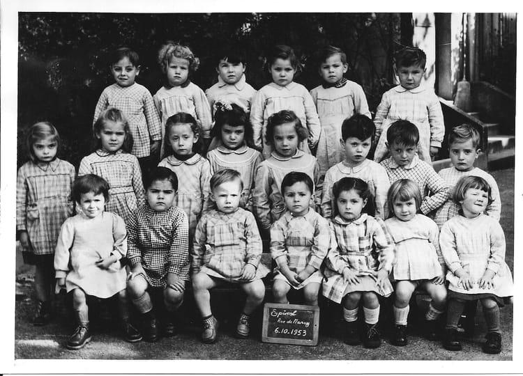 Photo de classe maternelle de 1953 ecole rue de nancy a for Rue catherine opalinska nancy