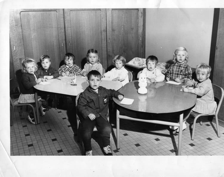 Photo de classe maternelle de 1969 ecole du torpilleur for Torpilleur cuisine
