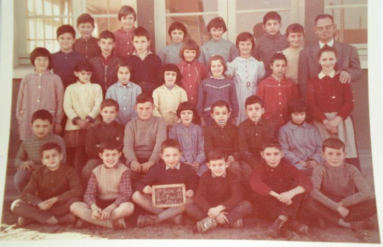 photo de classe paul bert st jean de la ruelle cm1 1961 de 1961 ecole paul bert saint jean. Black Bedroom Furniture Sets. Home Design Ideas