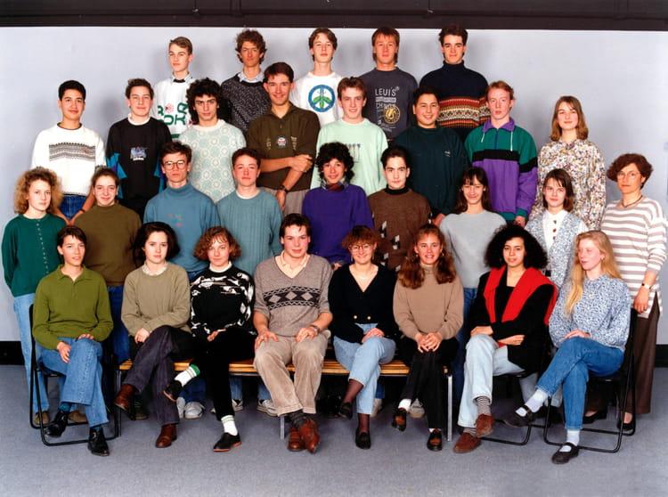 photo de classe 1 re s de 1991 lyc e albert einstein copains d 39 avant. Black Bedroom Furniture Sets. Home Design Ideas
