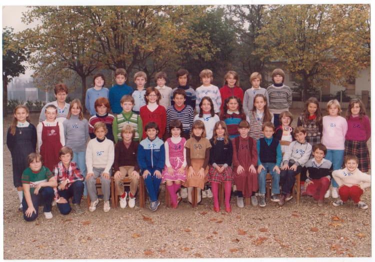 Photo de classe primaire de 1982 ecole jeanne d 39 arc - Lycee craponne salon ...