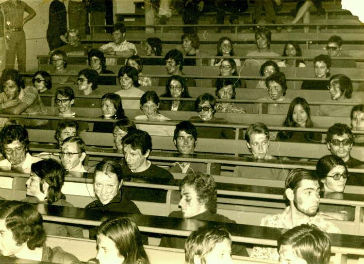 photo de classe iut montpellier 1971 1973 de 1971 iut informatique copains d 39 avant. Black Bedroom Furniture Sets. Home Design Ideas