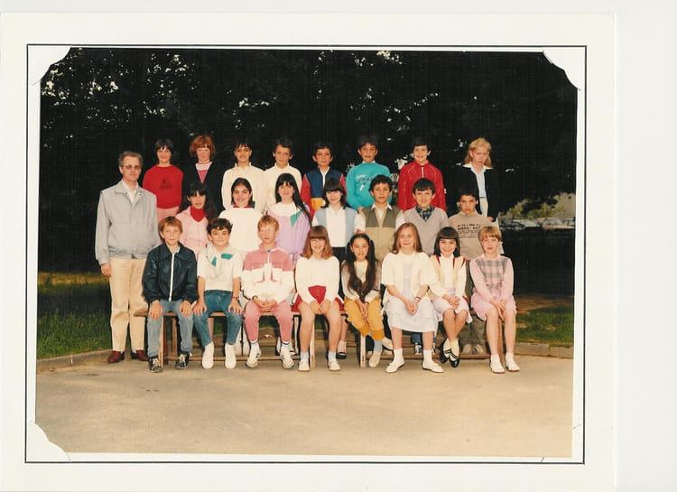 Photo de classe cm2 de 1985 ecole sainte therese les - Cours cuisine la roche sur yon ...