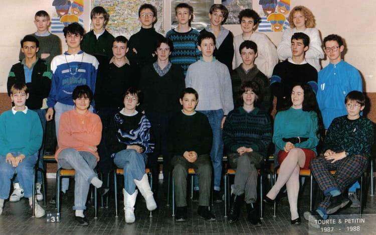 Photo De Classe 3eme De 1987 College Dupleix Copains D Avant
