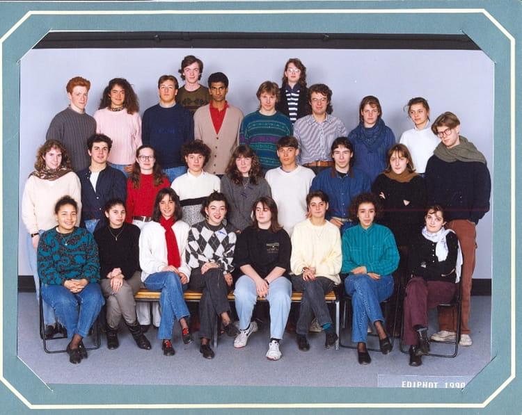 photo de classe terminale b de 1991 lyc e albert einstein copains d 39 avant. Black Bedroom Furniture Sets. Home Design Ideas