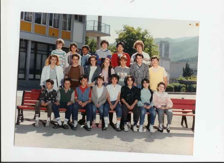 photo de classe 4 me de 1984 coll ge les bartavelles