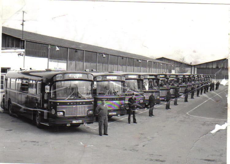 Photo de classe le garage 77 10 de 1977 metz frescaty for Garage renault maizieres les metz