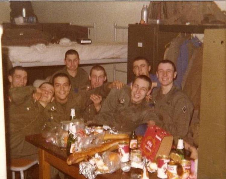 photo de classe soir e en chambre de 1980 13 r giment de ForChambre Criminelle 13 Juin 1972