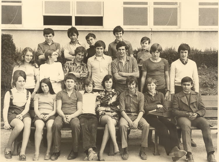 photo de classe 5 232 me ou 4 232 me au d 233 but des 233 es 70 au lyc 233 e des chaumes d avallon de 1972