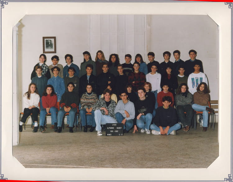 Photo de classe 2 me12 de 1991 lyc e alphonse daudet for Lycee alphonse daudet
