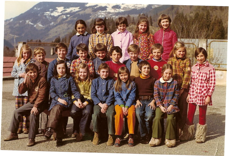 Photo de classe cm2 de 1974 ecole du capitaine bulle - Beaufort sur doron office du tourisme ...