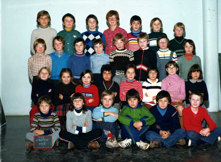 photo de classe cm1 cm2 de 1978 ecole clovis jacquiert saint martin sur le pre copains d 39 avant. Black Bedroom Furniture Sets. Home Design Ideas