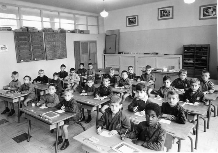photo de classe ecole jules ferry de 1966 ecole jules ferry melun copains d 39 avant. Black Bedroom Furniture Sets. Home Design Ideas