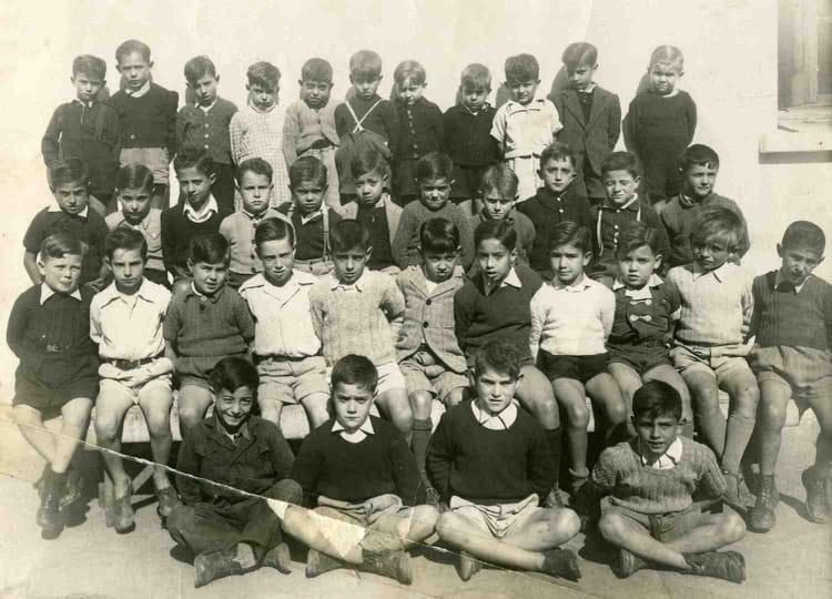 Photo de classe ecole des gar ons rue de poitiers de 1946 for Rue des garcons