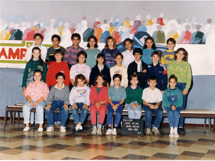 photo de classe 6eme5 de 1987 coll ge jean vilar copains d 39 avant. Black Bedroom Furniture Sets. Home Design Ideas