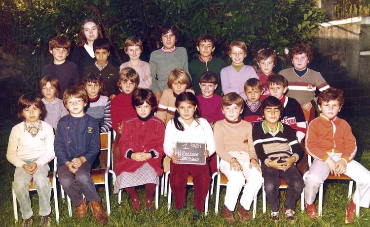 photo de classe ce2 1980 81 de 1980 ecole jean mace villeneuve saint germain copains d 39 avant. Black Bedroom Furniture Sets. Home Design Ideas