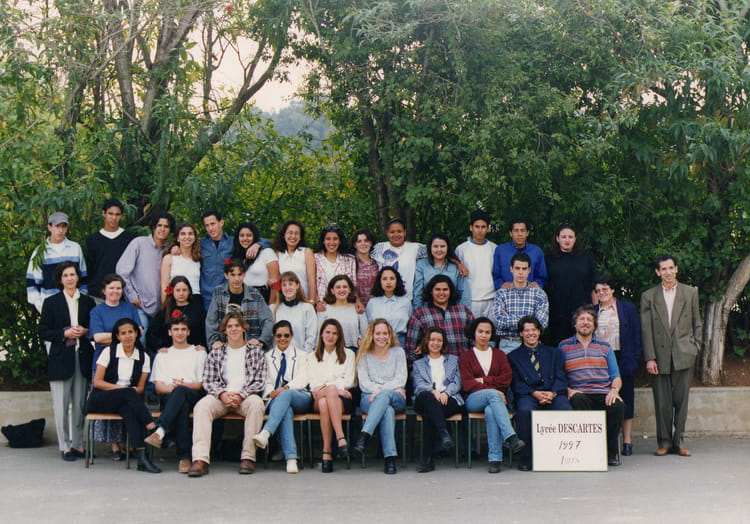 photo de classe 1stt14 de 1997  lyc u00e9e descartes