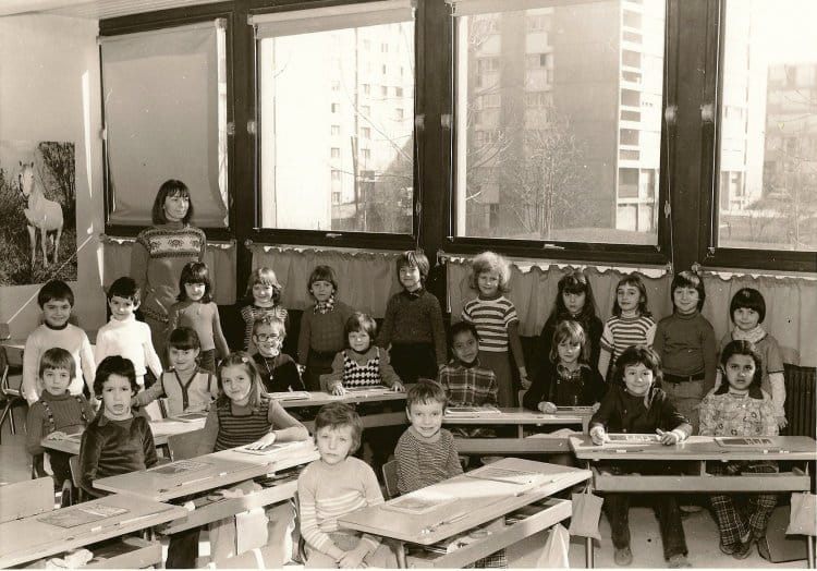 photo de classe cp de 1976 ecole petit chenois montbeliard copains d 39 avant. Black Bedroom Furniture Sets. Home Design Ideas
