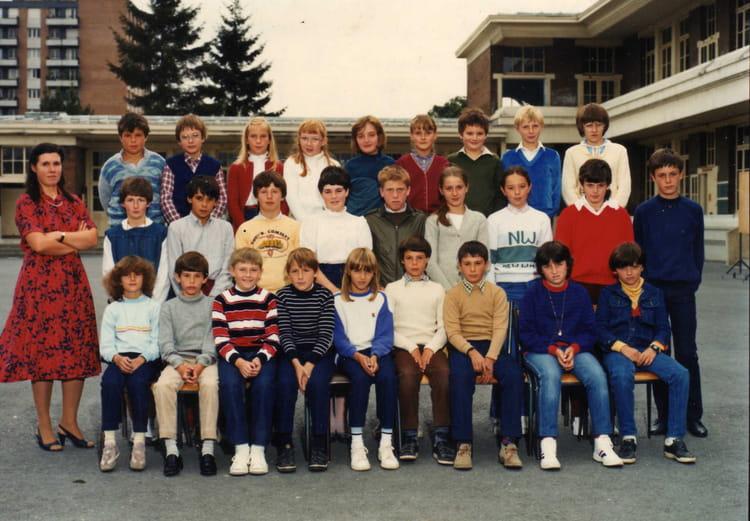Photo de classe 6 au coll ge guillaume bud de 1984 for Pronote college jean moulin salon