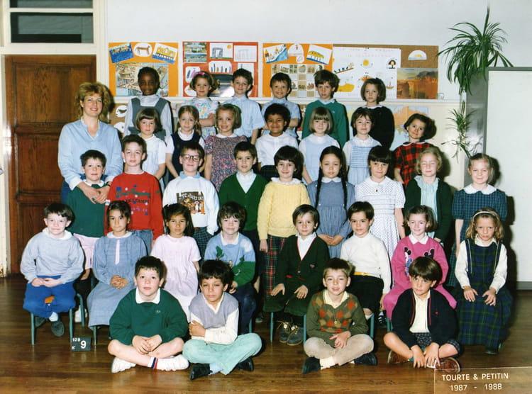 photo de classe cp de 1987 ecole normale catholique annexe st jean rue olivier de serres. Black Bedroom Furniture Sets. Home Design Ideas