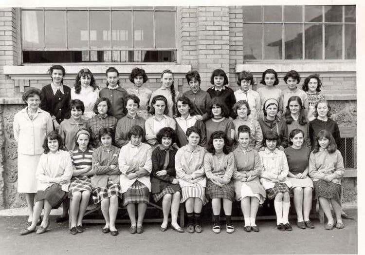 photo de classe classe de 4e au coll 232 ge le prieur 233 224 maisons laffitte 1963 de 1963 coll 232 ge le