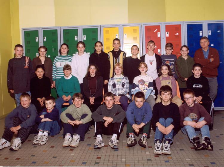 photo de classe 5 me de 1999 coll ge ren cassin copains d 39 avant. Black Bedroom Furniture Sets. Home Design Ideas