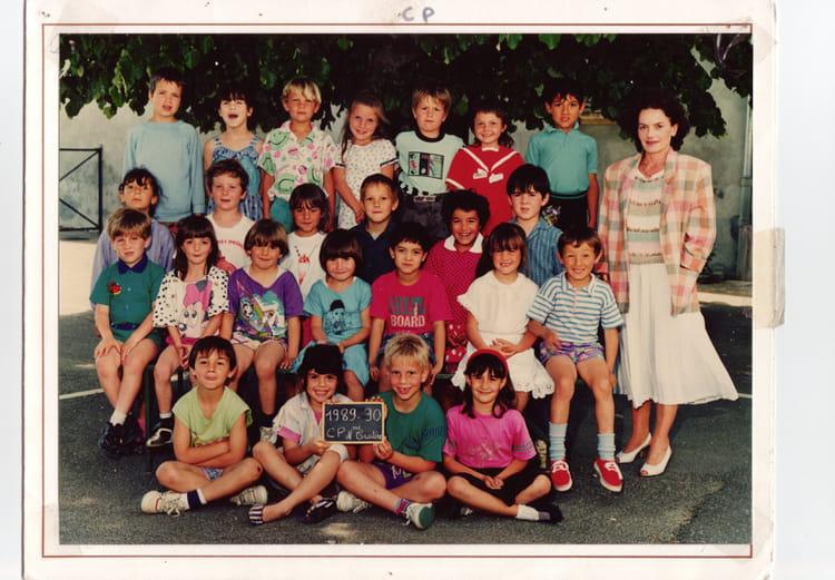 photo de classe cp de 1989 ecole primaire saint jean de bournay copains d 39 avant. Black Bedroom Furniture Sets. Home Design Ideas