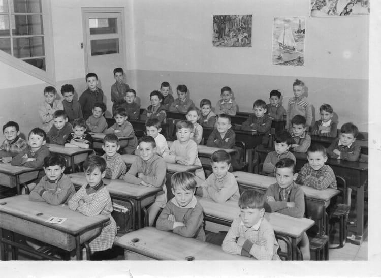 Photo de classe Cp de 1956, Ecole Ferdinand Buisson (Sainte Genevieve Des Bois) Copains d'avant # Auto Ecole Sainte Genevieve Des Bois