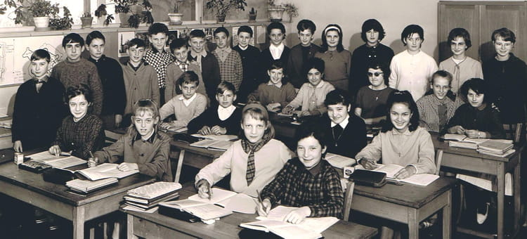 Photo de classe 5emeb de 1964 ceg copains d 39 avant for Domon plan b