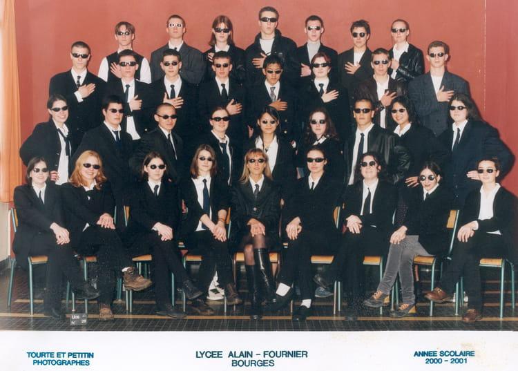 photo de classe 1ere 5 de 2001 lyc e alain fournier copains d 39 avant. Black Bedroom Furniture Sets. Home Design Ideas