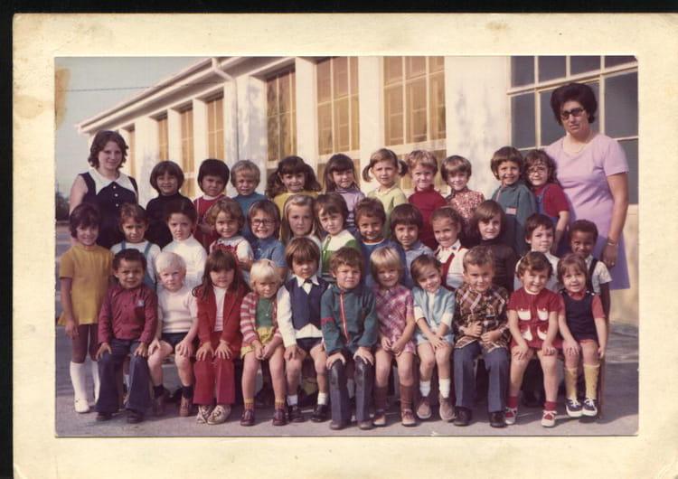 photo de classe maternelle de 1973 ecole les arcades copains d 39 avant. Black Bedroom Furniture Sets. Home Design Ideas