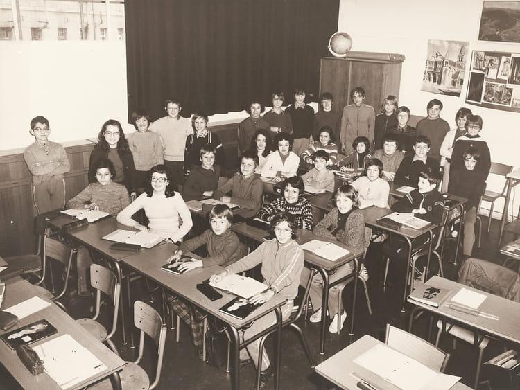 Photo de classe 6 me de 1971 coll ge du jardin des plantes copains d 39 avant - College du jardin des plantes ...