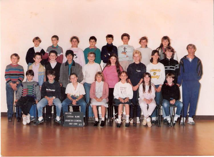 photo de classe 6 me5 ann e 87 88 de 1987 coll ge l 39 oiseau blanc copains d 39 avant. Black Bedroom Furniture Sets. Home Design Ideas