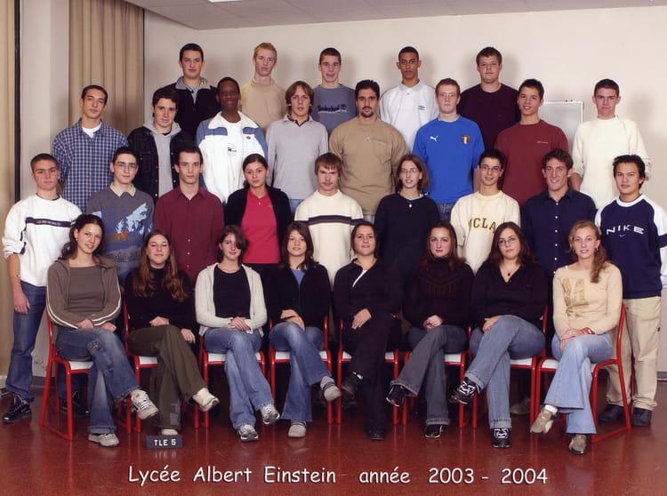 photo de classe ts5 2003 2004 de 2004 lyc e albert einstein copains d 39 avant. Black Bedroom Furniture Sets. Home Design Ideas