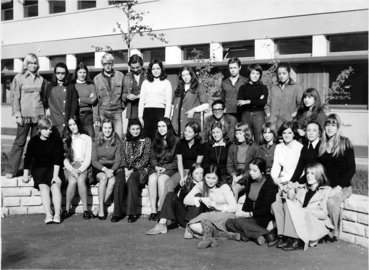 photo de classe 1 176 a de 1970 lyc 233 e mont blanc ren 233 dayve copains d avant