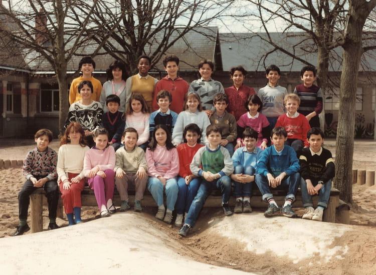 photo de classe cm2 86 87 jules lenormand de 1987 ecole jules lenormand saint jean de la. Black Bedroom Furniture Sets. Home Design Ideas